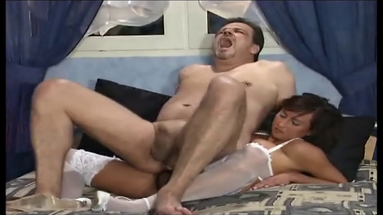 Lovely homemade couple has sex and creampie - 98 part 3