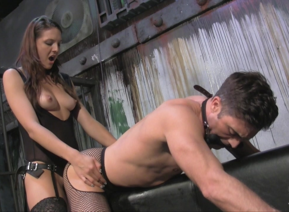 Sadie Holmes Fucks a Guy with Strapon