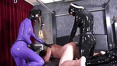 Mistress is Latex Uniform use Giant Strapon