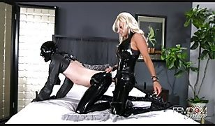 Mistress Brittany Andrews Strapon Video