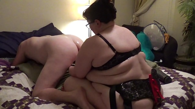 Fat girl fucking men with strapon dancing sexy kylie