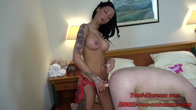 Toni Morena Pegs Older Guy in Hotel Room